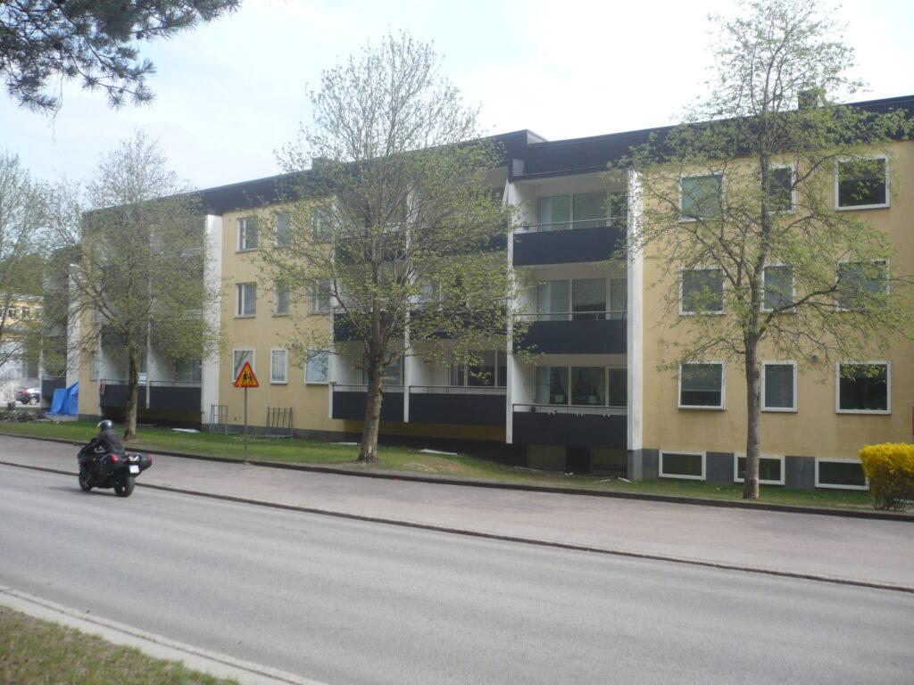 TRABO, Ängarydsgatan - Västra Vägen, fönsterbyten